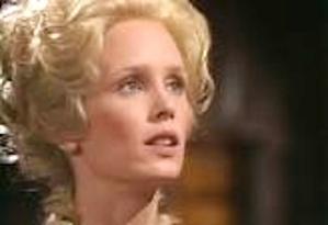 Jill Townsend as Elizabeth Chynoweth