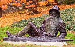Photo by Daryl Samuel, Life size bronze of Rip Van Winkle sculpted by Richard Masloski, copyright 2000